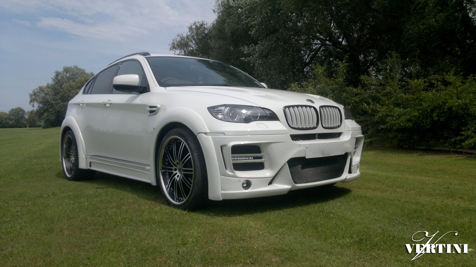 Vertini Hennessey ''22 on BMW X6