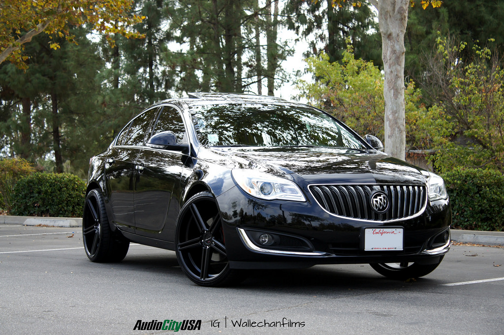 Gianelle Lucca Black r22 on Buick Regal