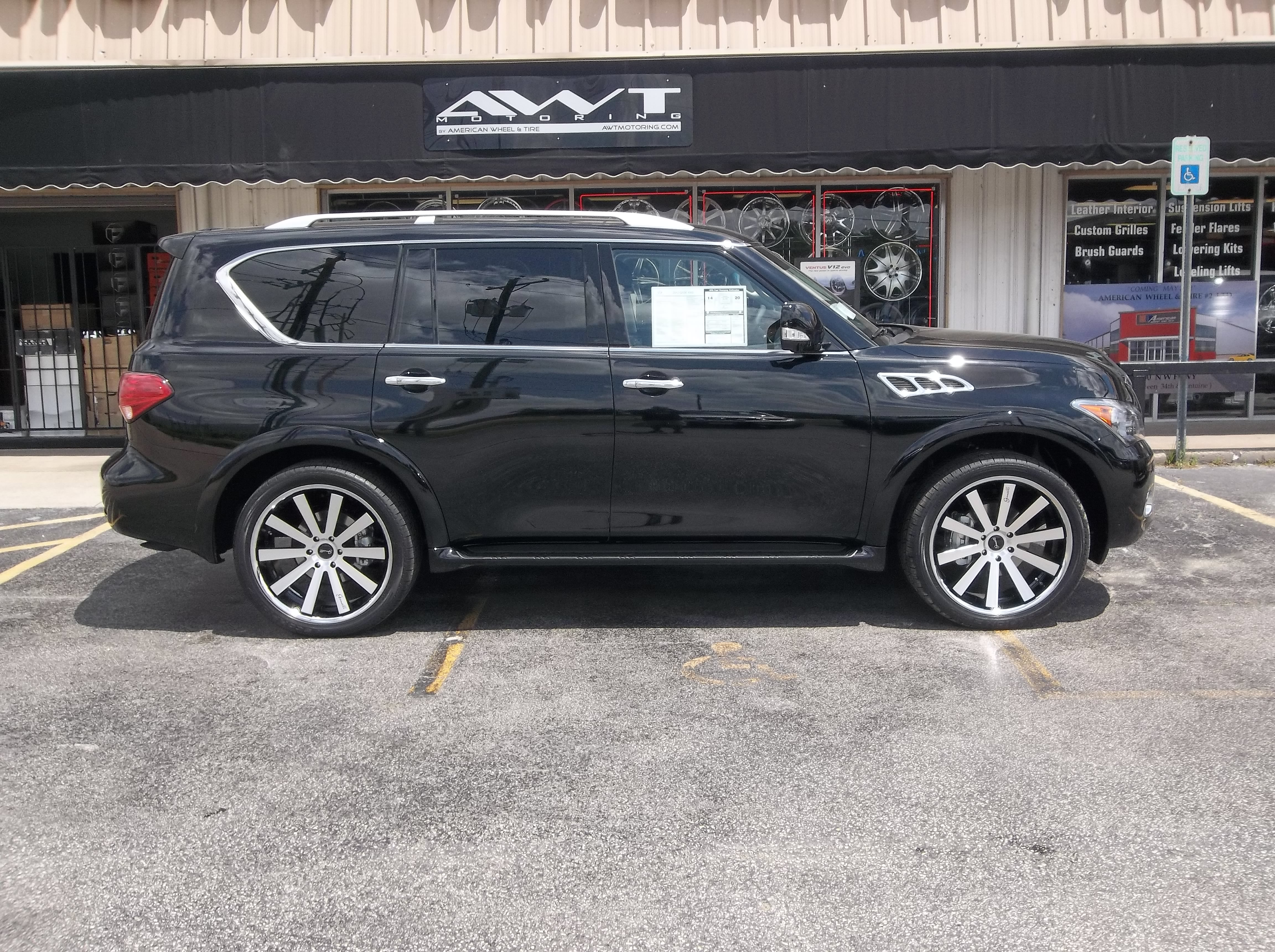 Gianelle Santo 2SS on Black Infiniti QX80