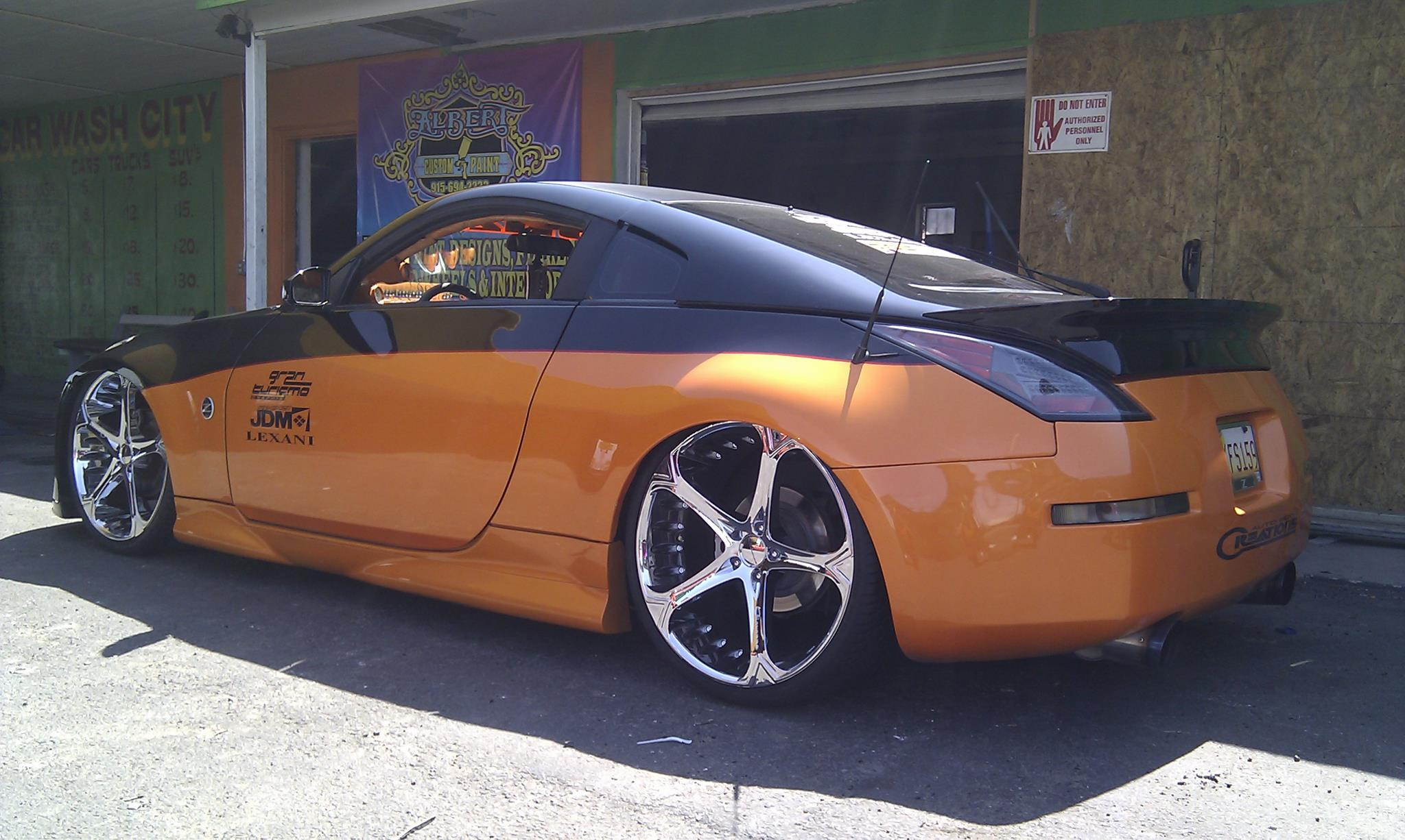 Giovanna Dalar 5V Chrome on Nissan 350Z