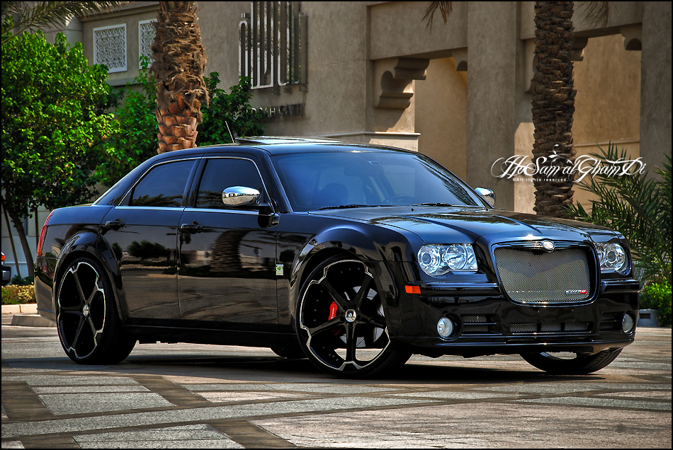 Giovanna Dalar Matte R24 Black on Chrysler 300C