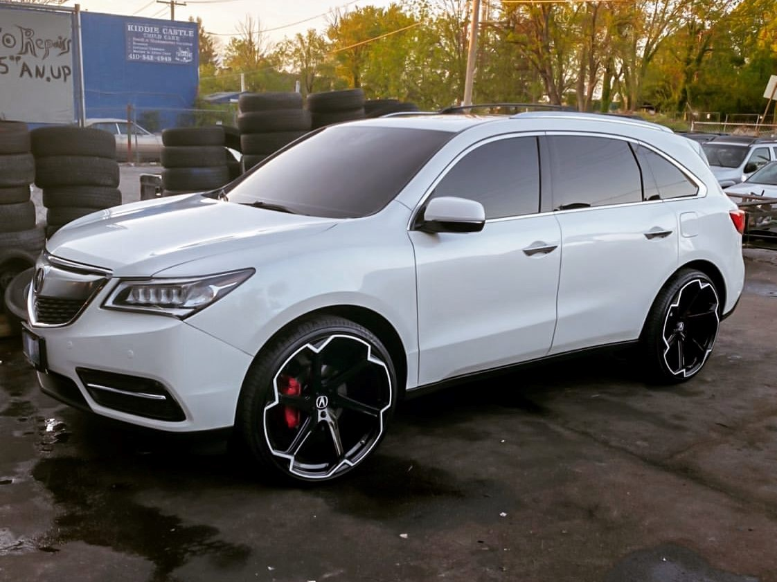 Giovanna Dalar X on Acura MDX
