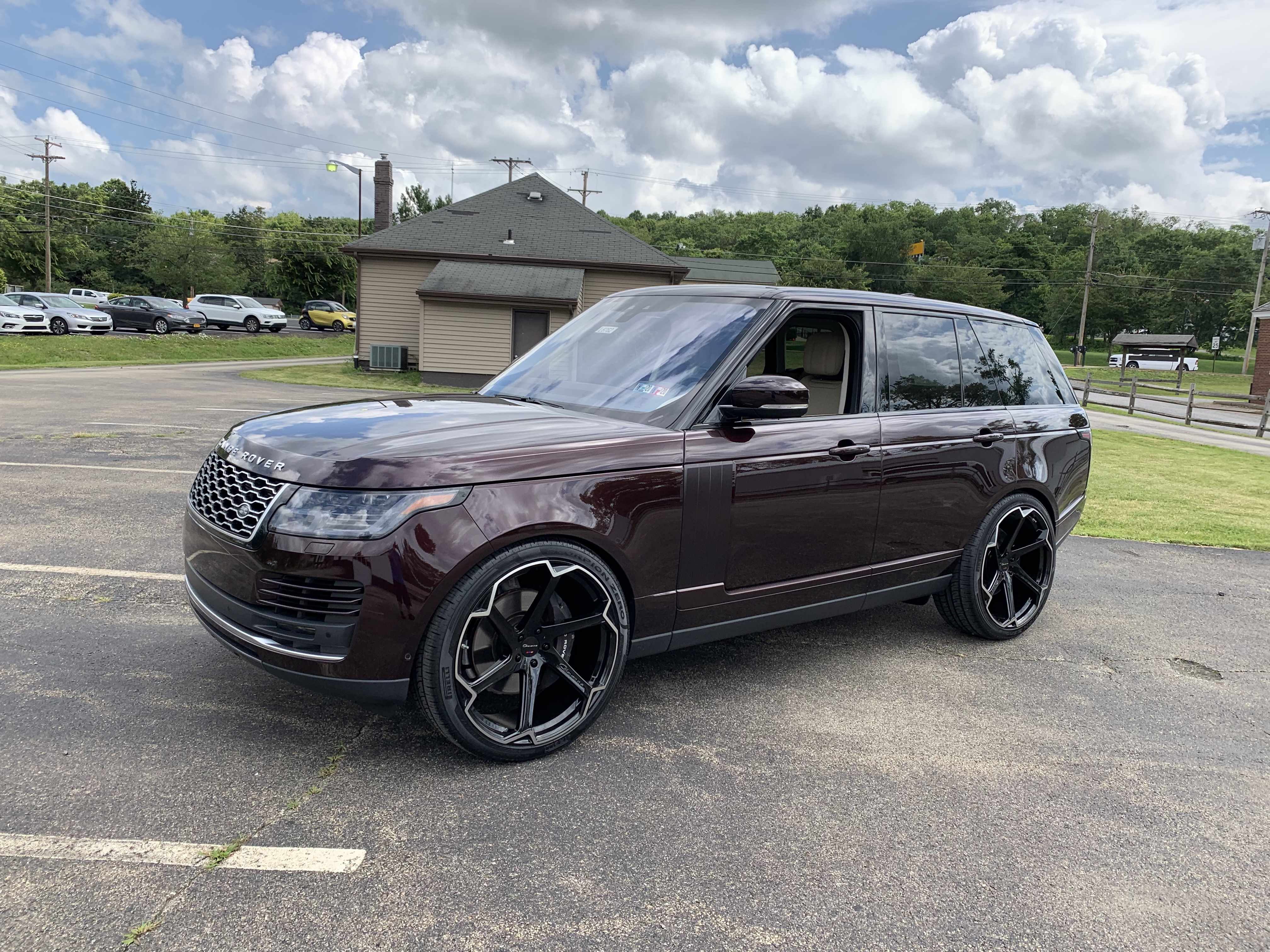 Giovanna Dalar X on Range Rover Vogue