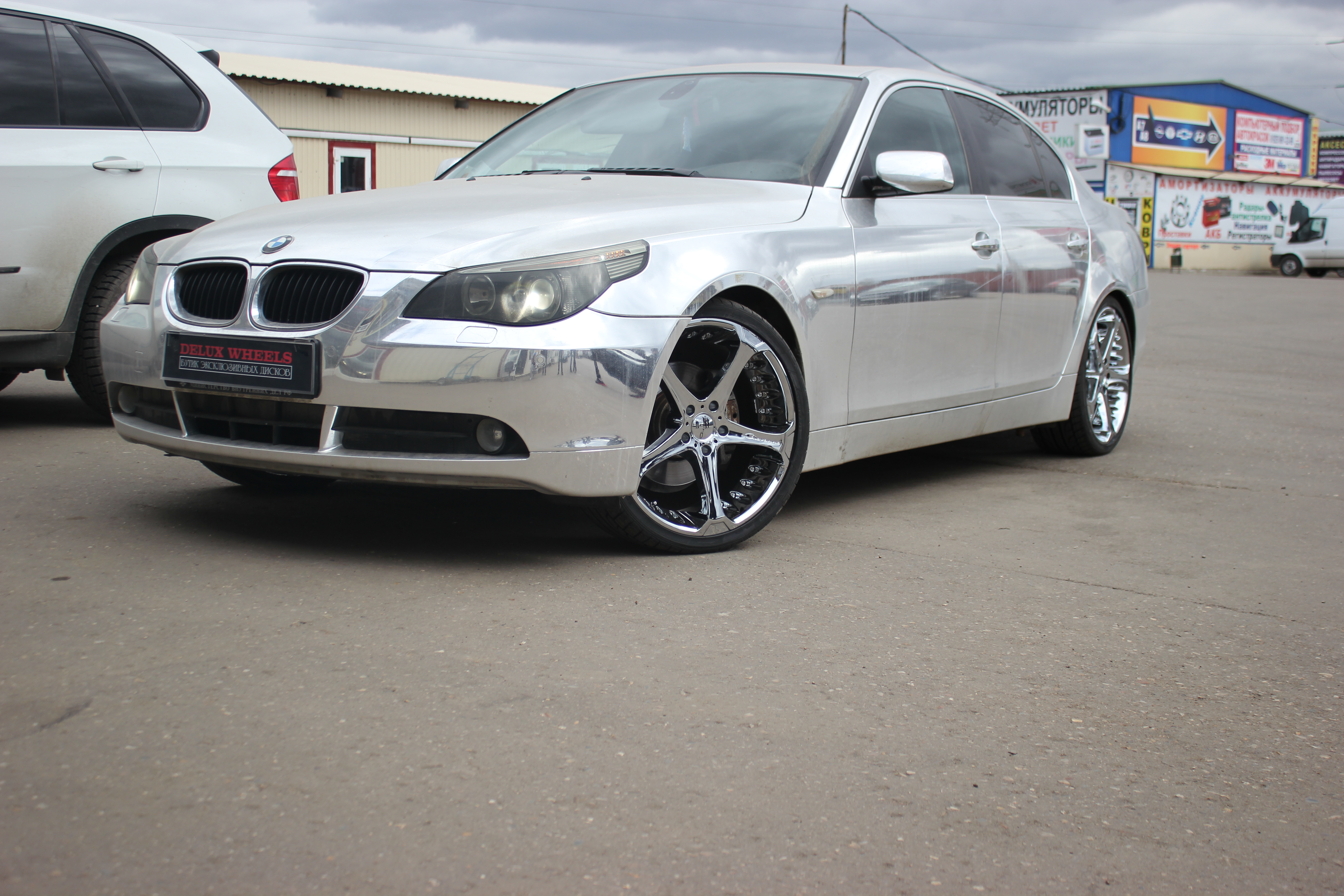 Giovanna Dalar-5 Chrome 20X8,5 on BMW 5 Series E60