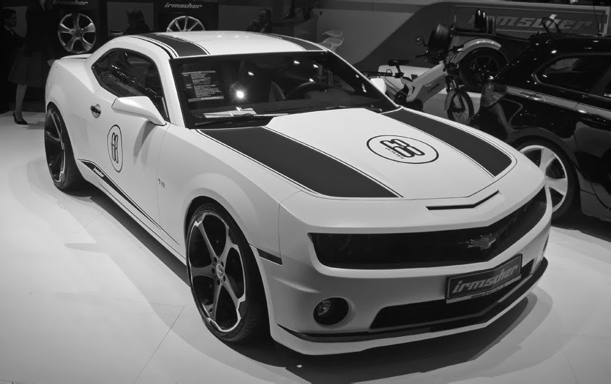 Giovanna Dalar-5 on Chevrolet Camaro