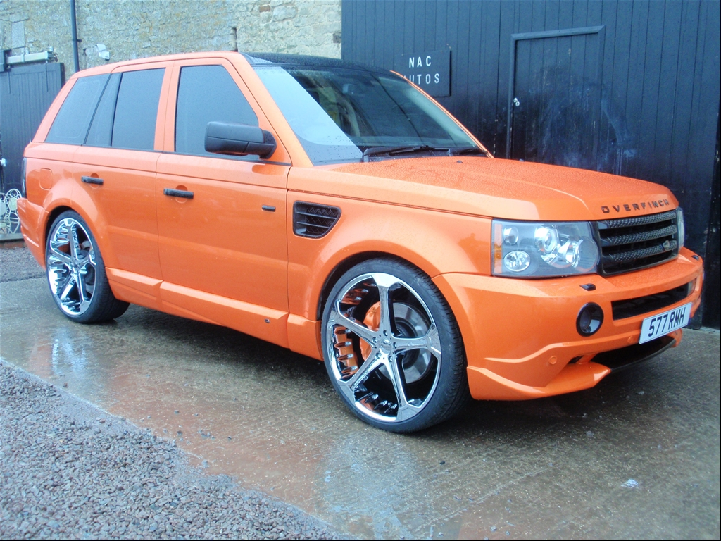 Giovanna Dalar-5 on Range Rover Sport