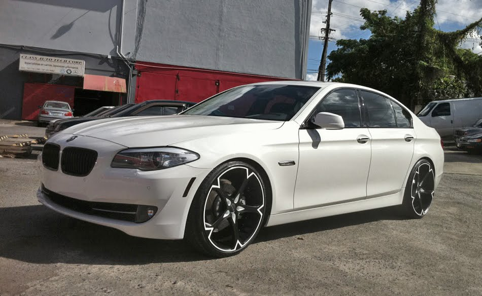 Giovanna Dalar-5V on BMW 5 series
