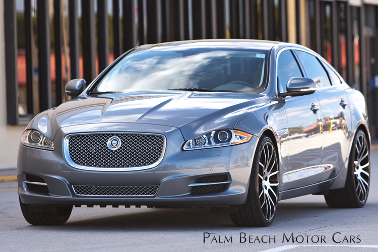 Giovanna Kilis Machined Black on Jaguar XJ