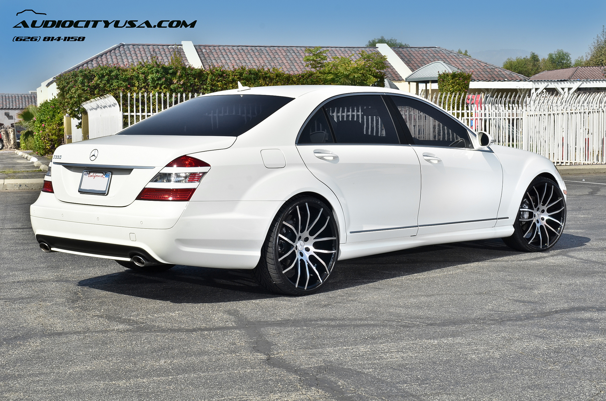 Giovanna Kilis r22 Machined Black on White Mercedes Benz S550