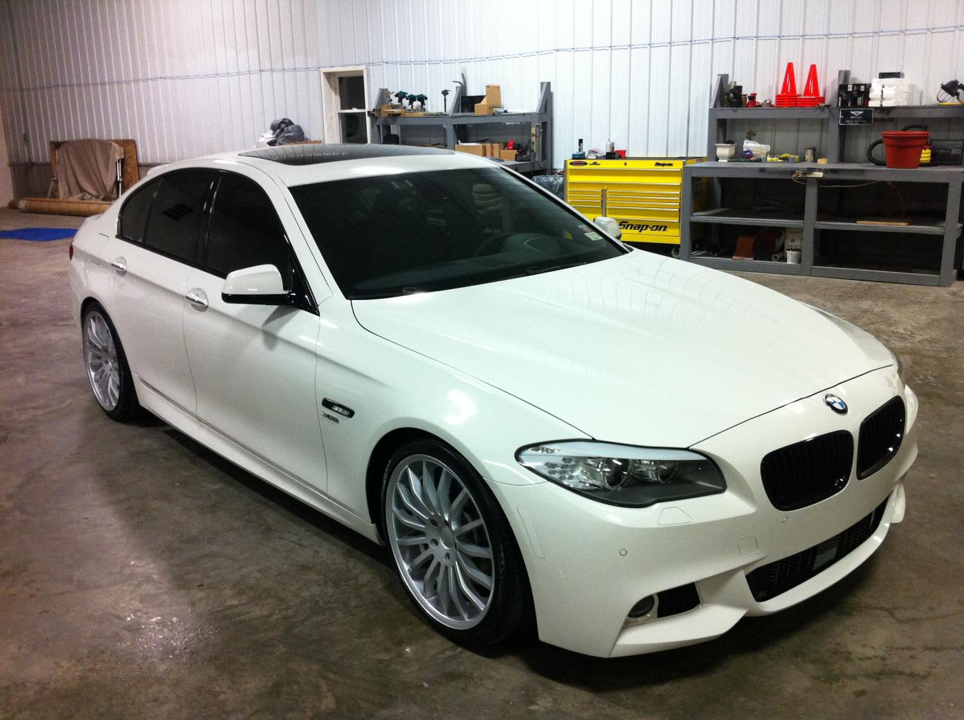 Giovanna Martuni Silver r20 on BMW 550 F10