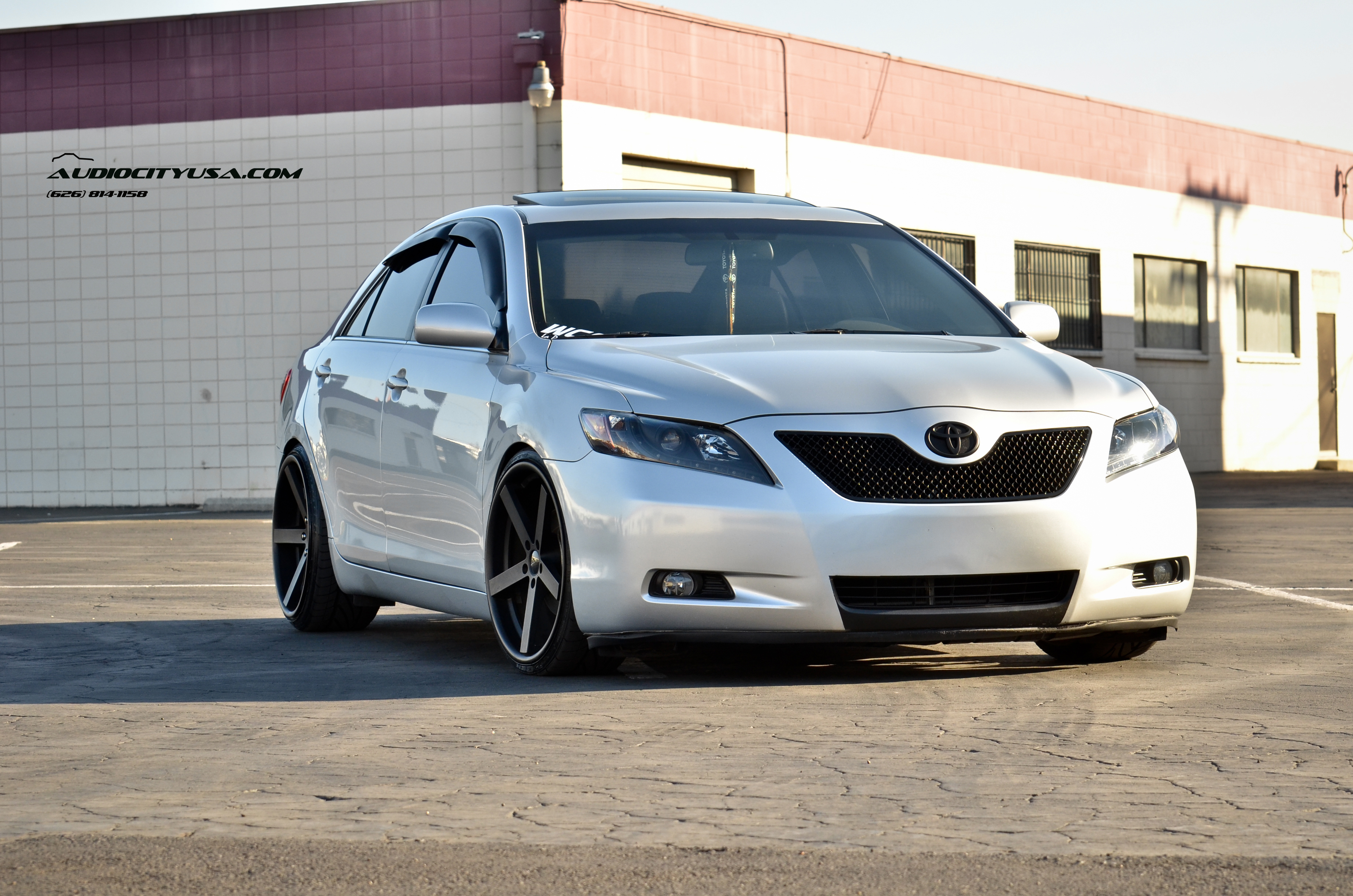 Giovanna Mecca Black 20x8,5_20x10 on Toyota Camry