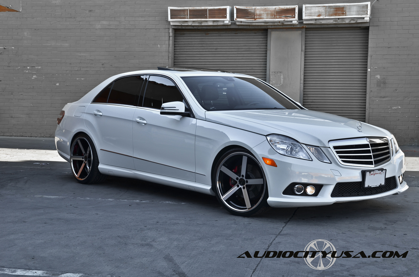 Giovanna Mecca Machined Black on Mercedes Benz E Class