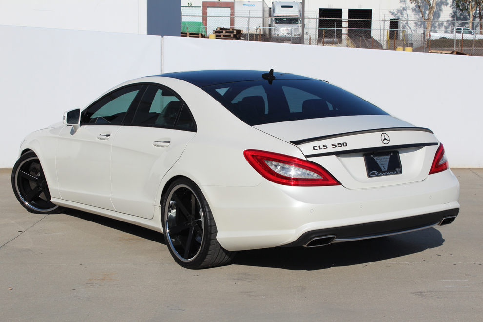 Giovanna Mecca black on Mercedes Benz CLS 550
