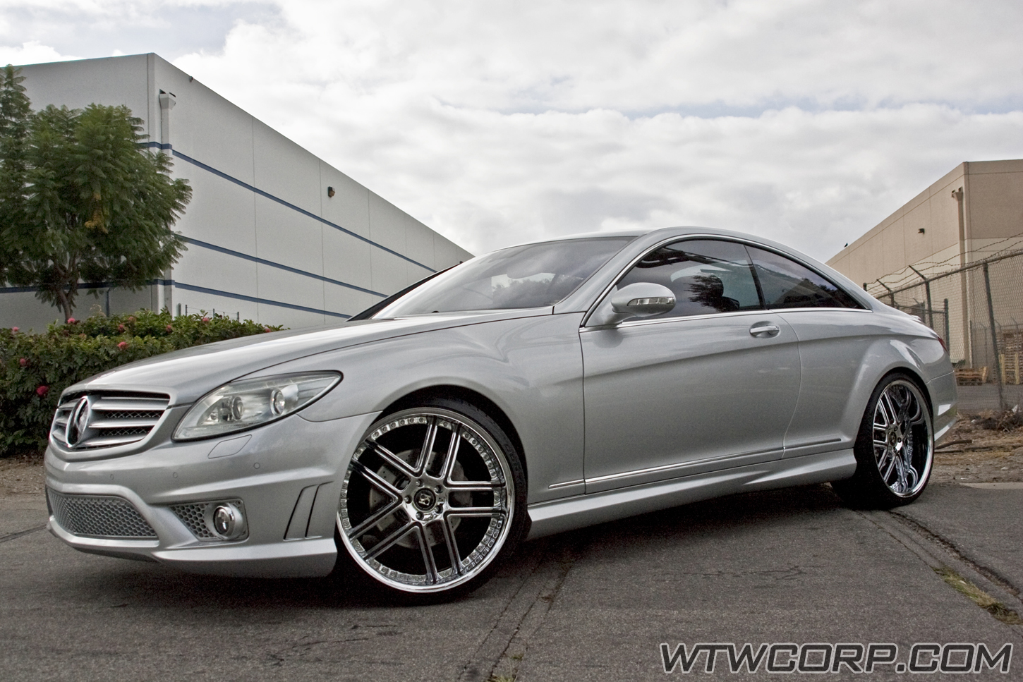 Koko Kuture Intake on Mercedes CL