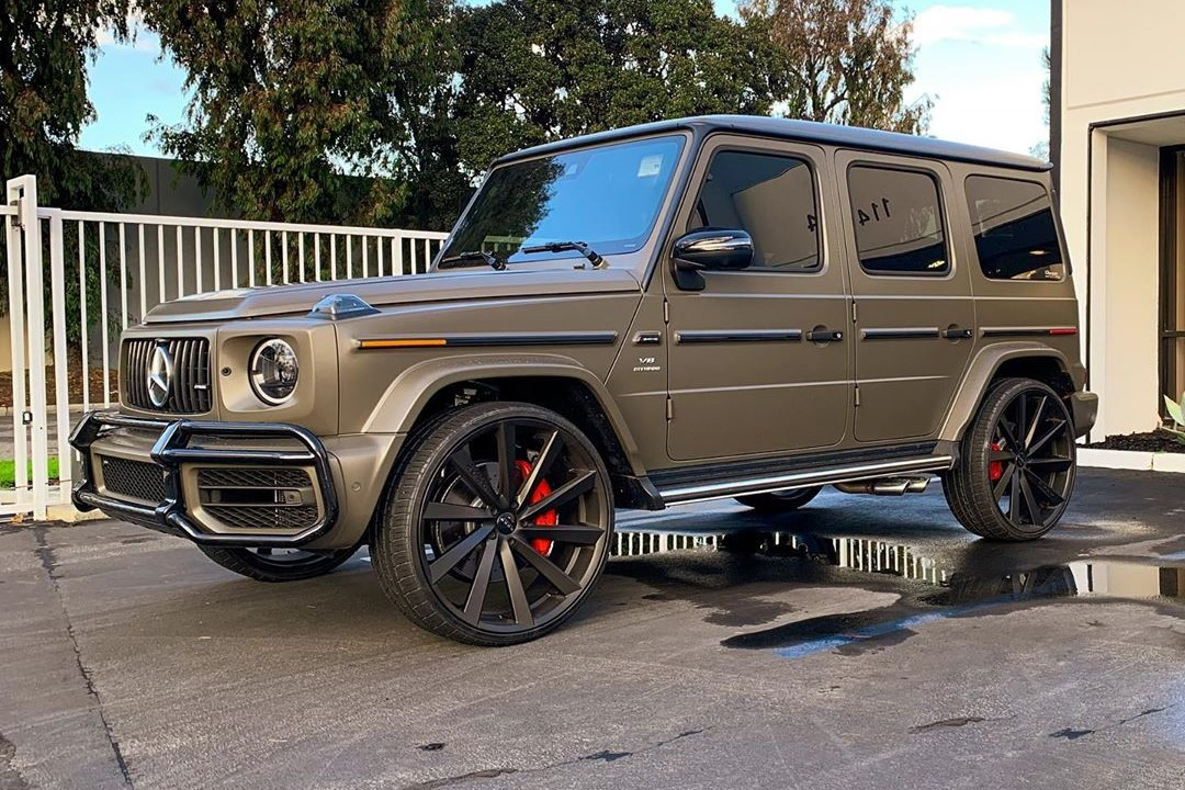 Koko Kuture Kapan Black on Mercedes Benz G63 AMG