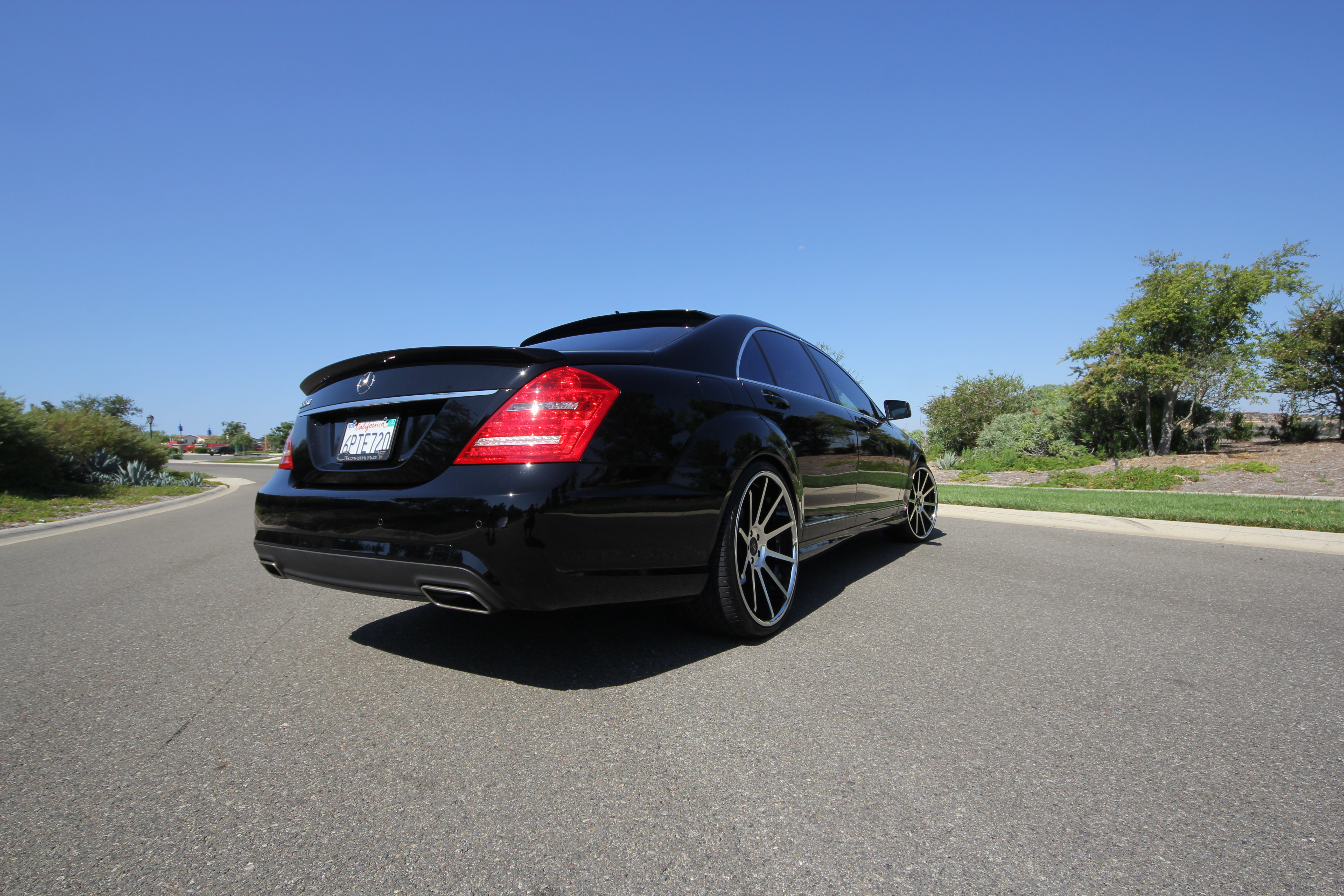 Koko Kuture Lindos Machined Black On Mercedes Benz S550