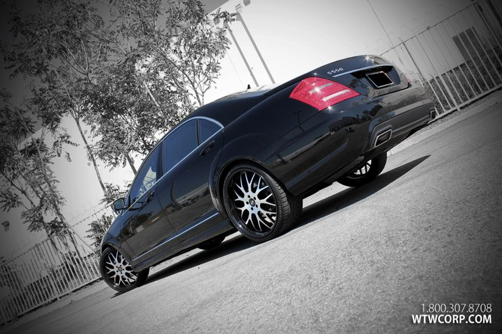 Koko Kuture Fann Machined Black on Mercedes Benz S Class