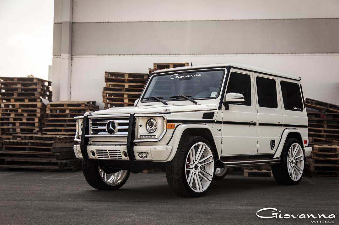 Koko Kuture Massa 7 Silver Black on White Mercedes Benz G