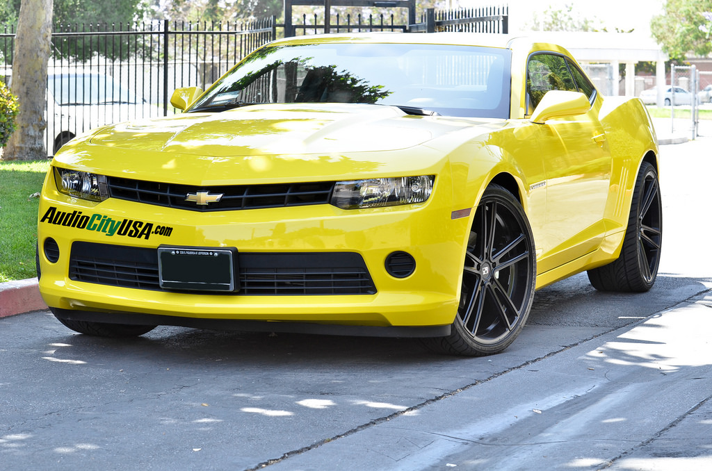 Koko Kuture Massa-5 Black 22'' on Chevrolet Camaro