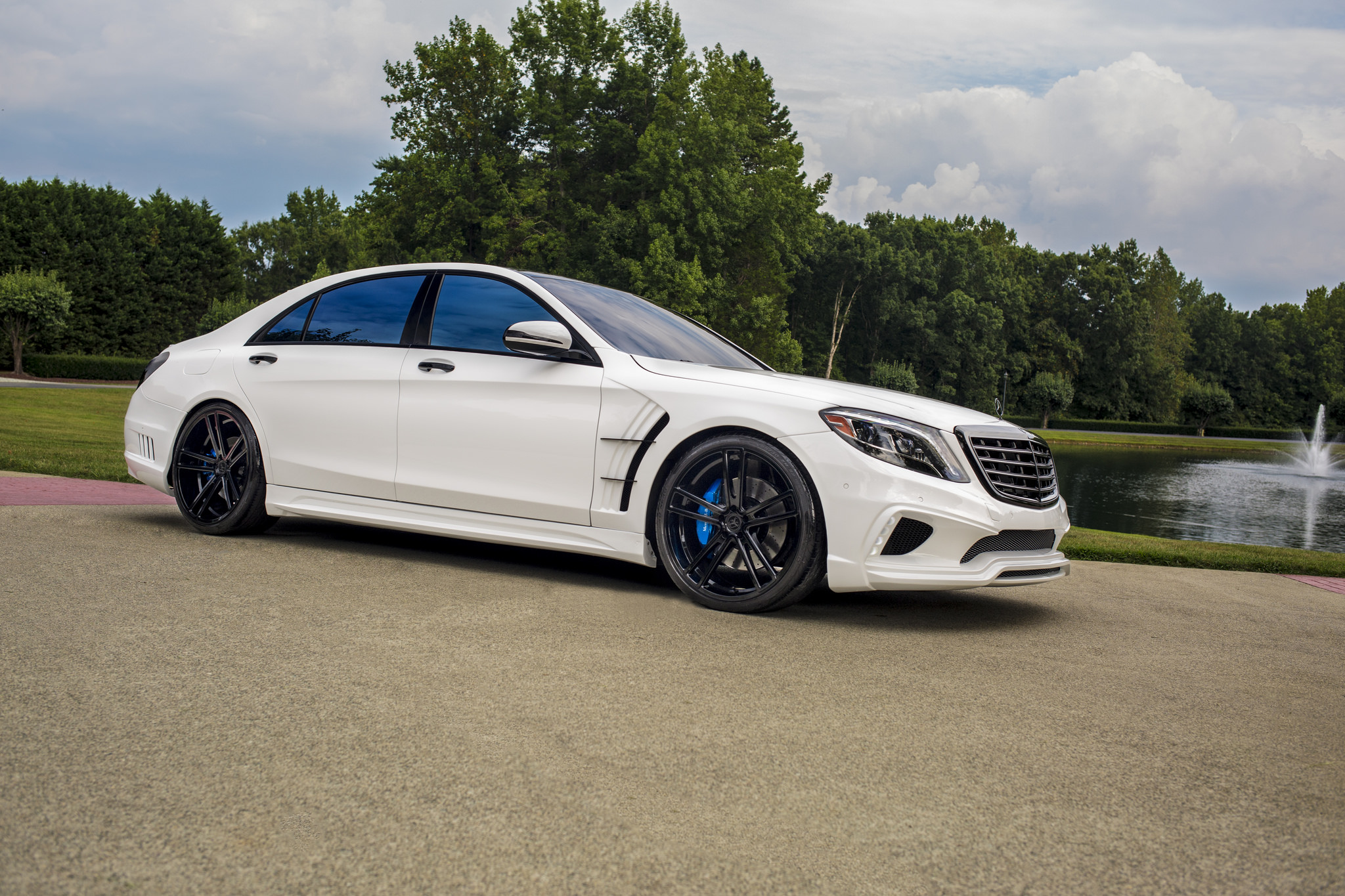 Koko Kuture Massa-5 Black on Mercedes Benz S Class W222