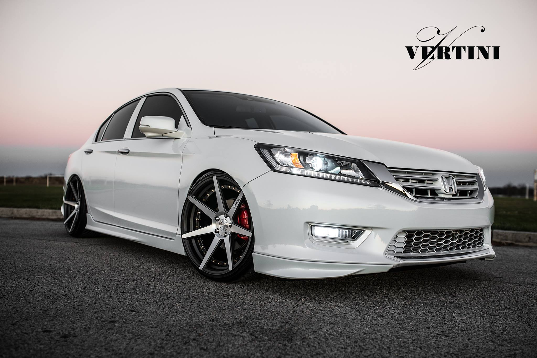 Vertini Dynasty Slate Grey Machine on Honda Accord Sedan