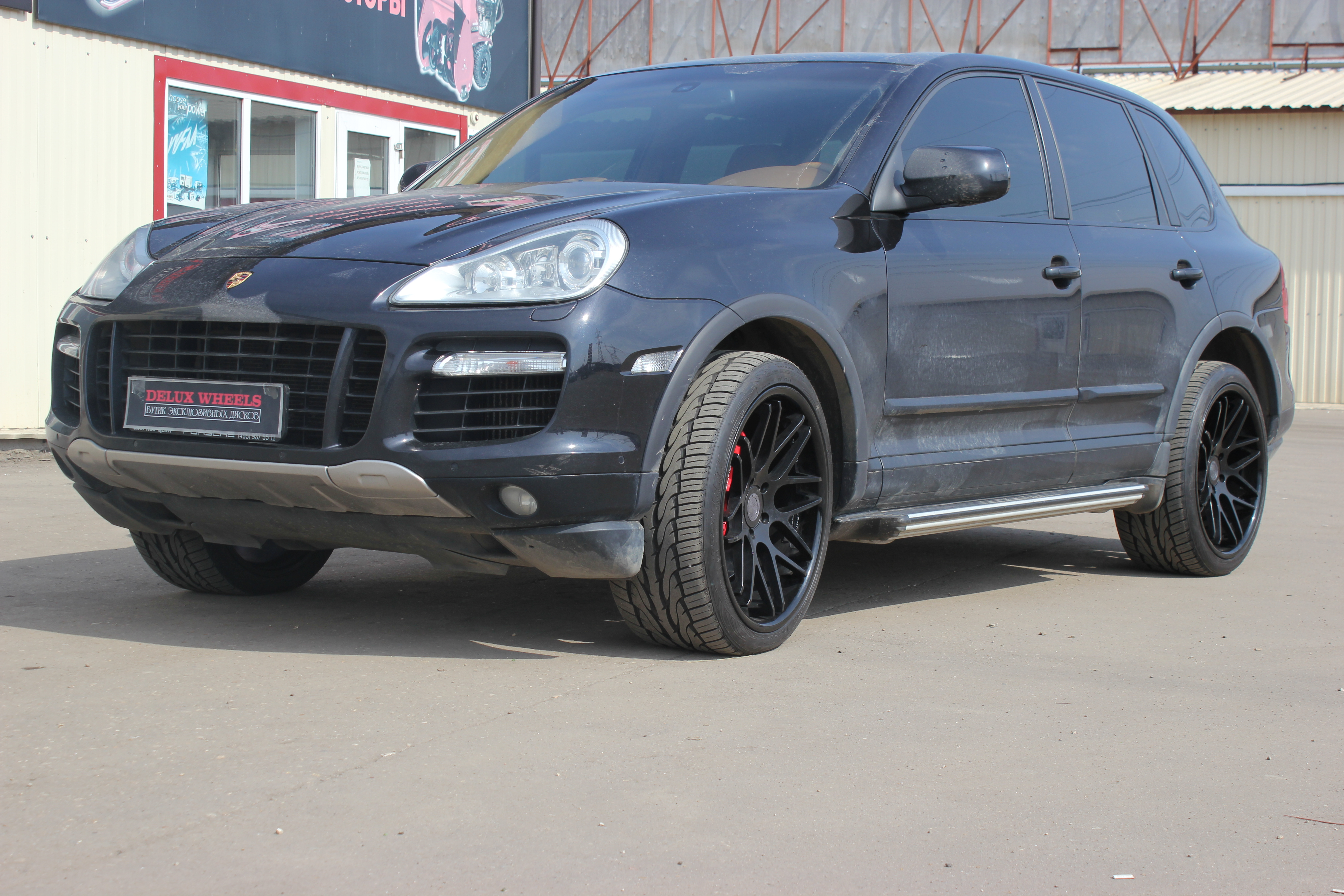 Vertini Magic Black 22X10,5 on Porsche Cayenne Turbo