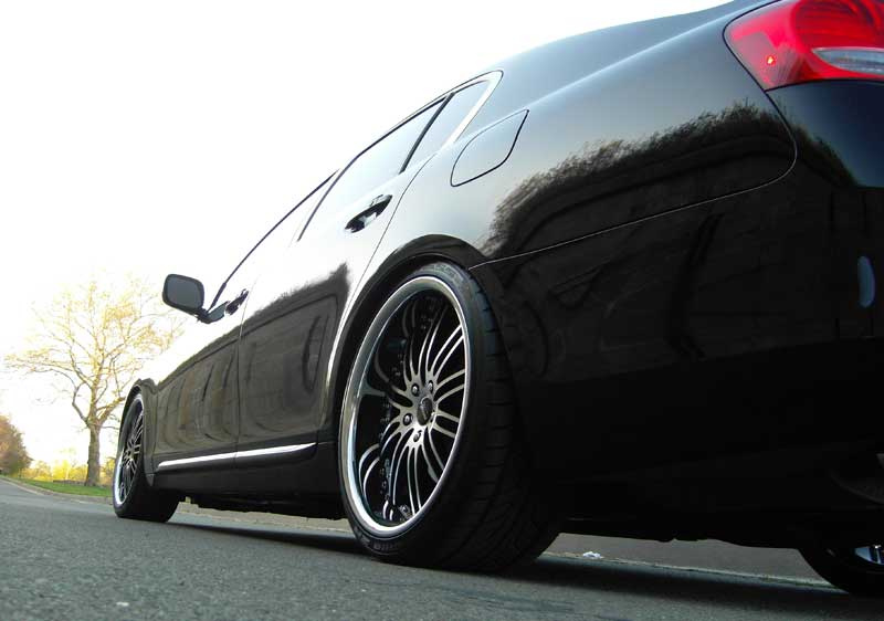 Vertini Wheels Hennessey 20 Staggered on Lexus GS350